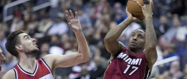 Rodney McGruder of the Miami Heat shoots the ball against the Wizards.
