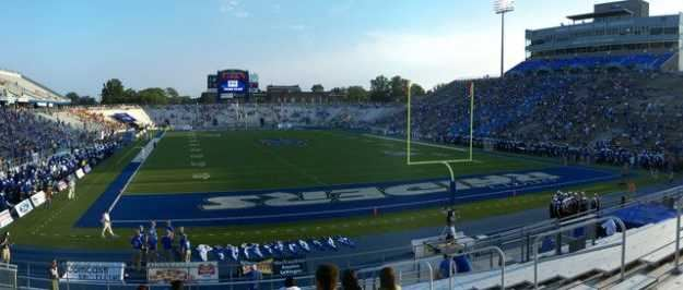 Johnny Floyd Stadium Minnesota Golden Gophers vs MTSU Blue Raiders.