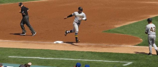 Francisco Cervelli running for the Pittsburgh Pirates.