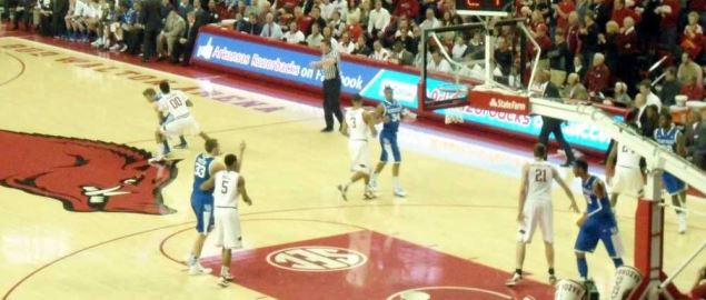 The Kentucky Wildcats basketball team playing against the Arkansas Razorbacks.