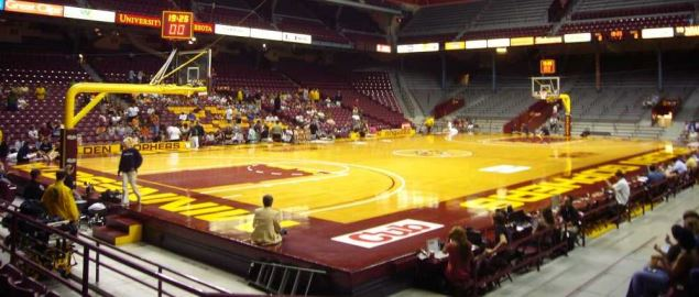 Minnesota Golden Golphers Williams arena.